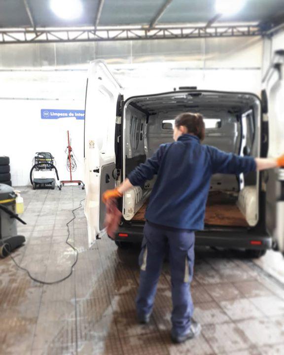 Limpeza de interiores. 😎 #automadalena #soluçõesauto #l...