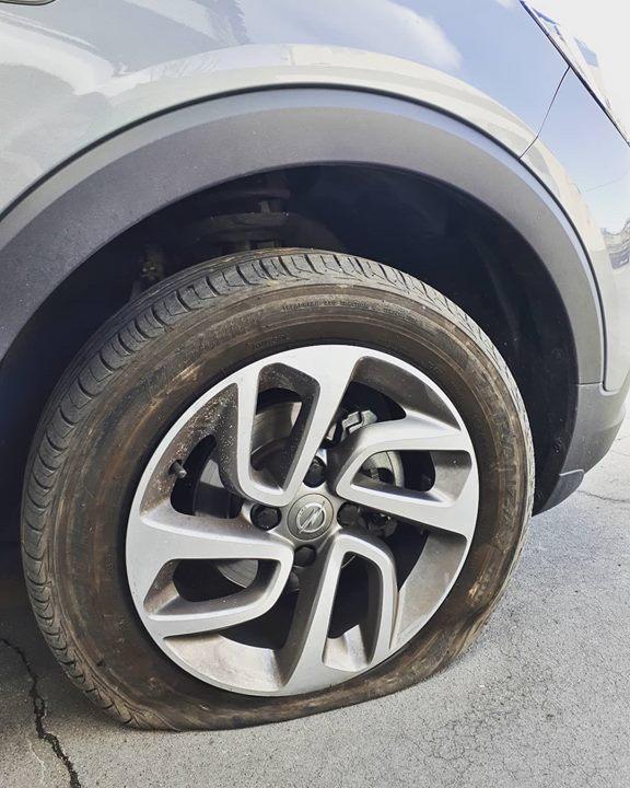 Furou e não tem pneu suplente? Fale connosco. ;) #autom...